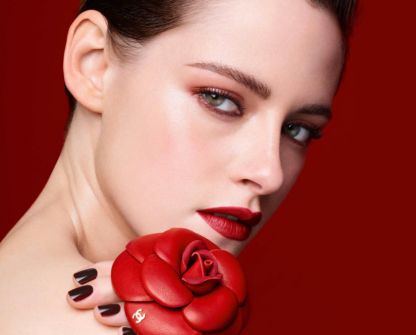 Chanel Rouge Allure Camelia Lipstick Collection