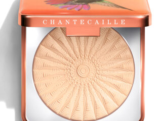 Chantecaille Perfect and Blur Finishing Powder