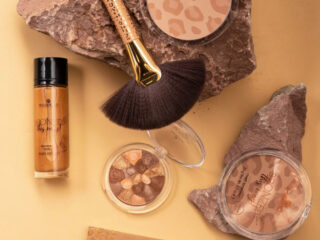 Essence Bronzed This Way Matt Bronzer Summer Collection 2020