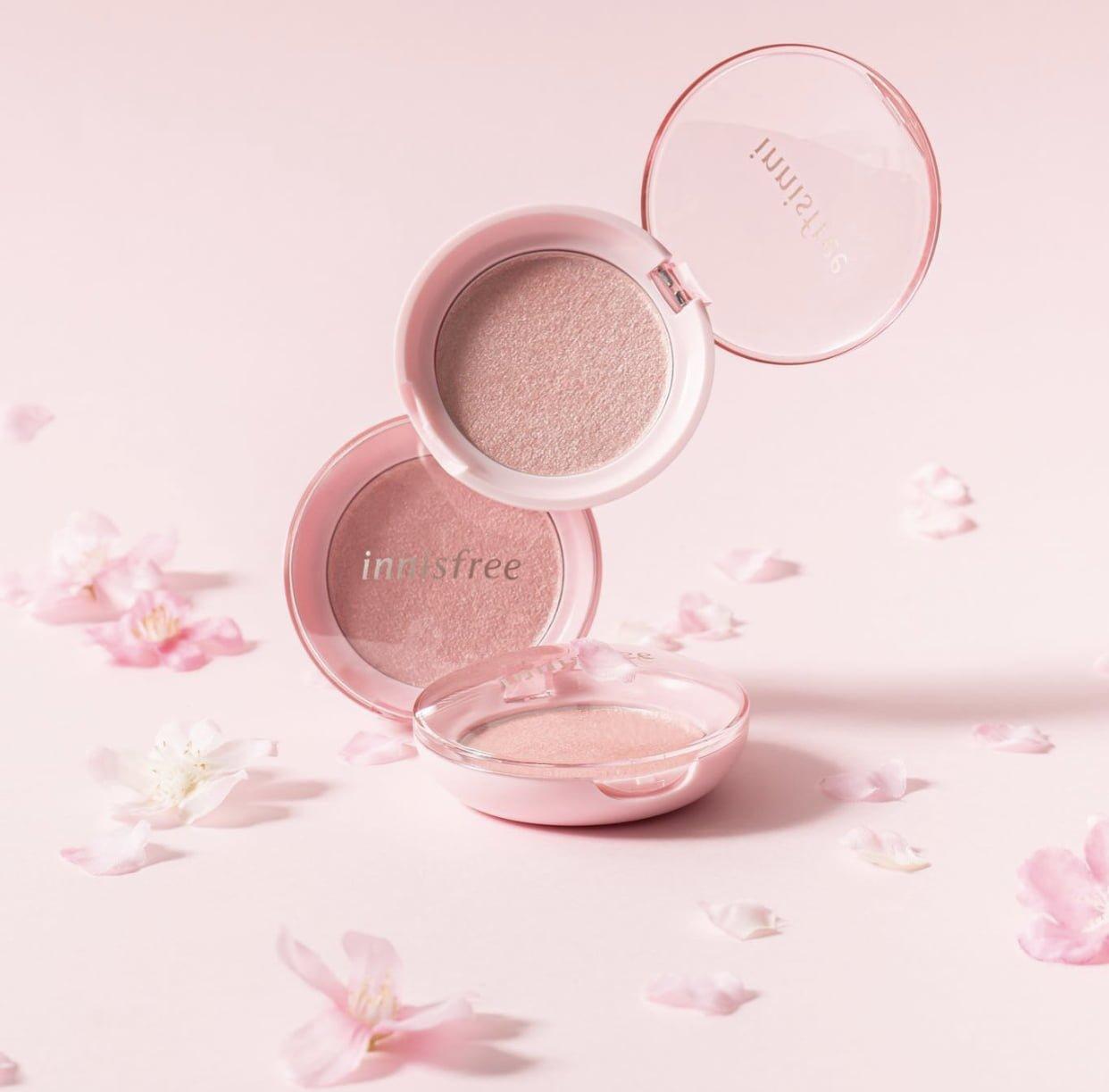 Innisfree Cherry Blossom Luminizer