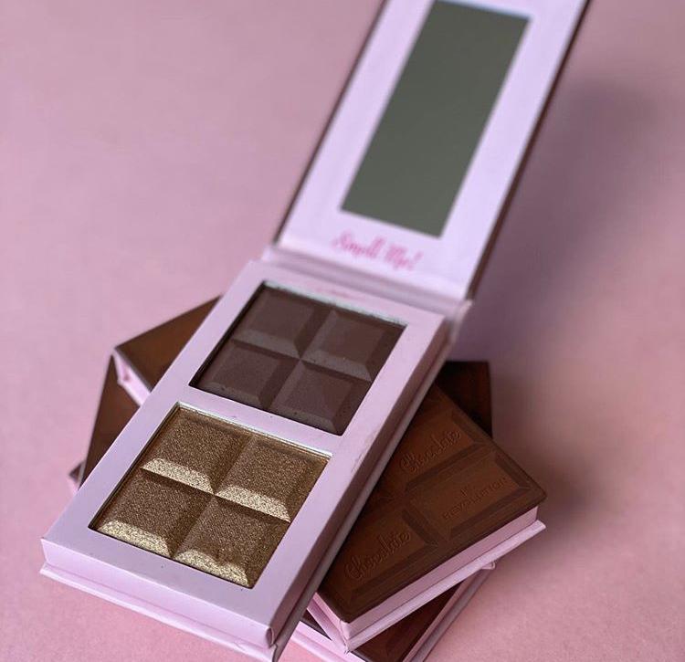 I Heart Revolution Chocolate Contour Bar