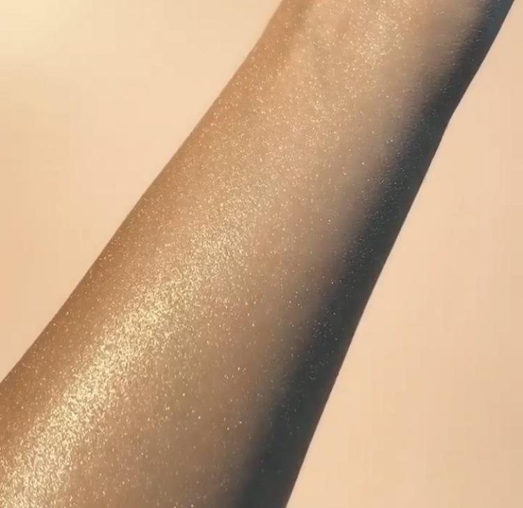 Huda Beauty NYMPH All Over Highlighting Powder