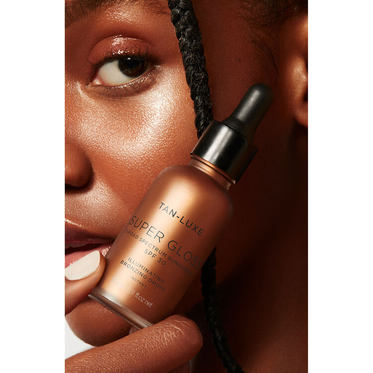 Tan Luxe Super Gloss Illuminating Bronzing Drops SPF30