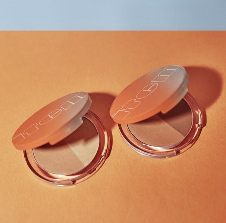 Item Beauty Cheek Money Swipe & Glow Bronzer Duo