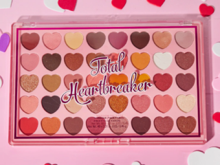 I Heart Revolution Total Heartbreaker Shadow Palette
