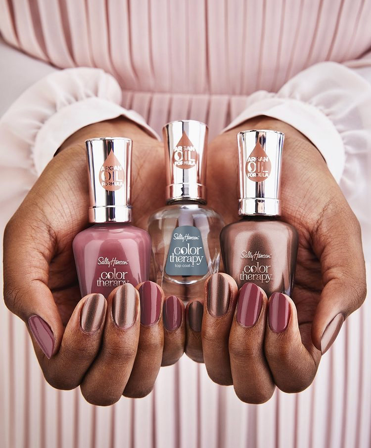 Sally Hansen La Vie En Rose Color Therapy Collection