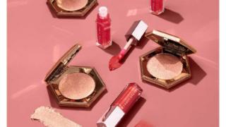 Fenty Beauty New Year Glow Lip + Luminizer Set