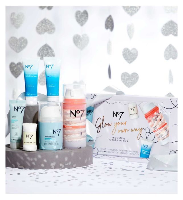 No7 Glow Your Own Way Gift Set