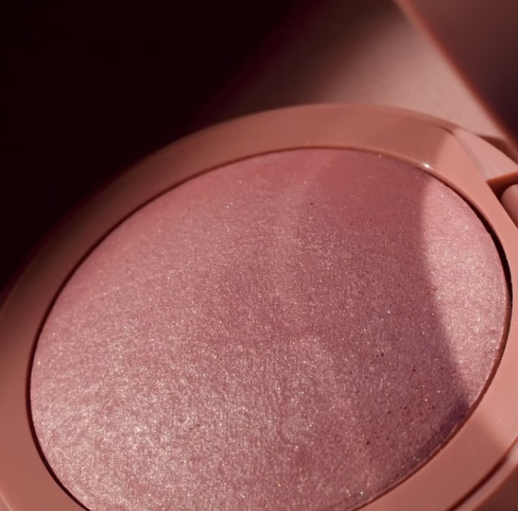 Em Cosmetics Venetian Rose Heaven's Glow Radiant Veil Blush