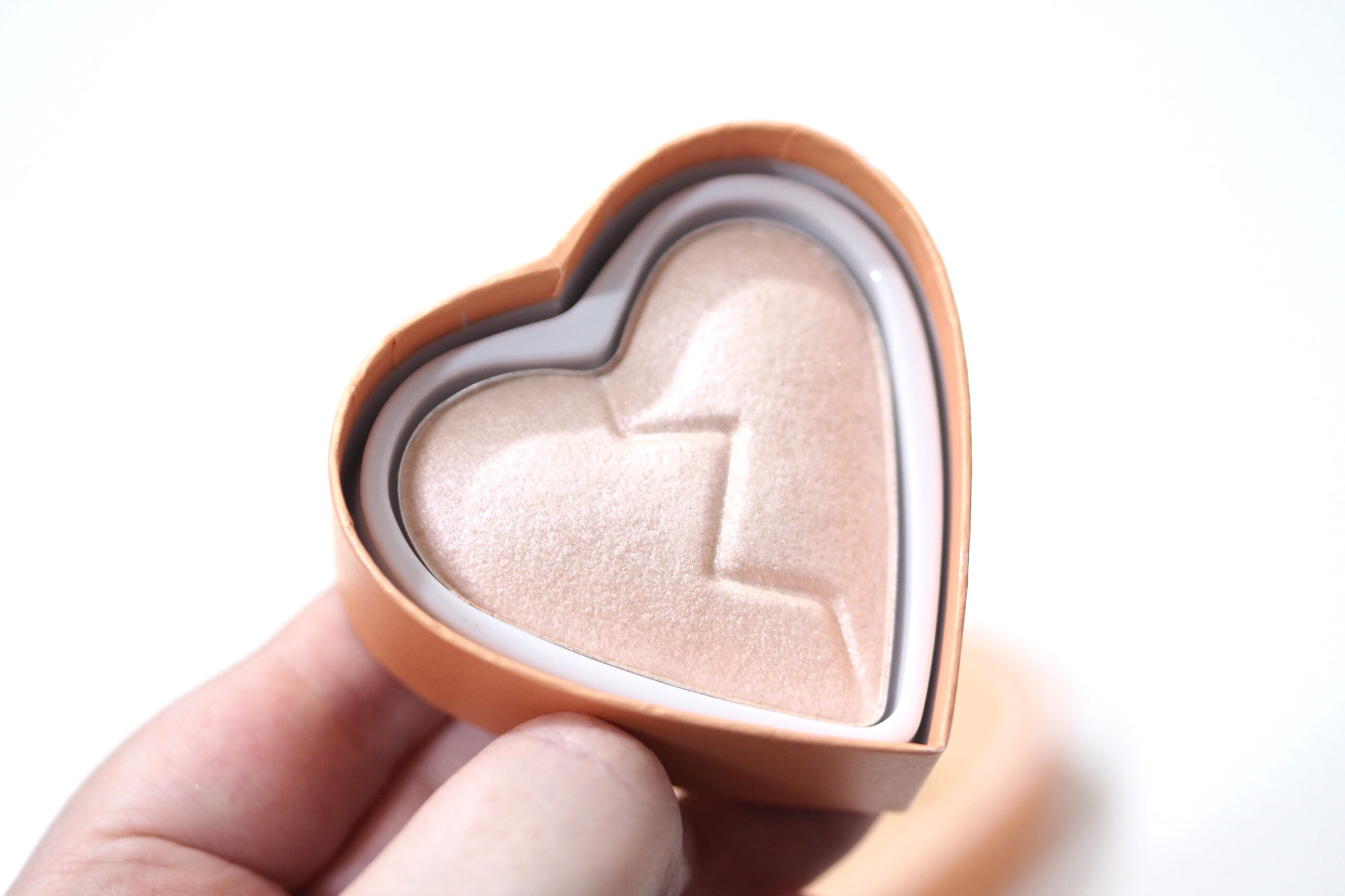 I Heart Revolution Divine Heartbreakers Highlighter Review Swatches