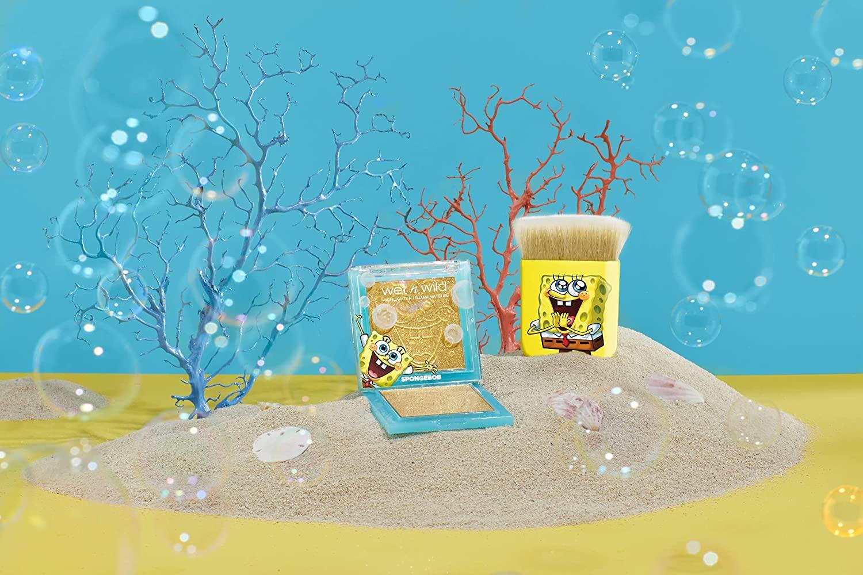Wet n Wild SpongeBob SquarePants Flat Kabuki Makeup Brush