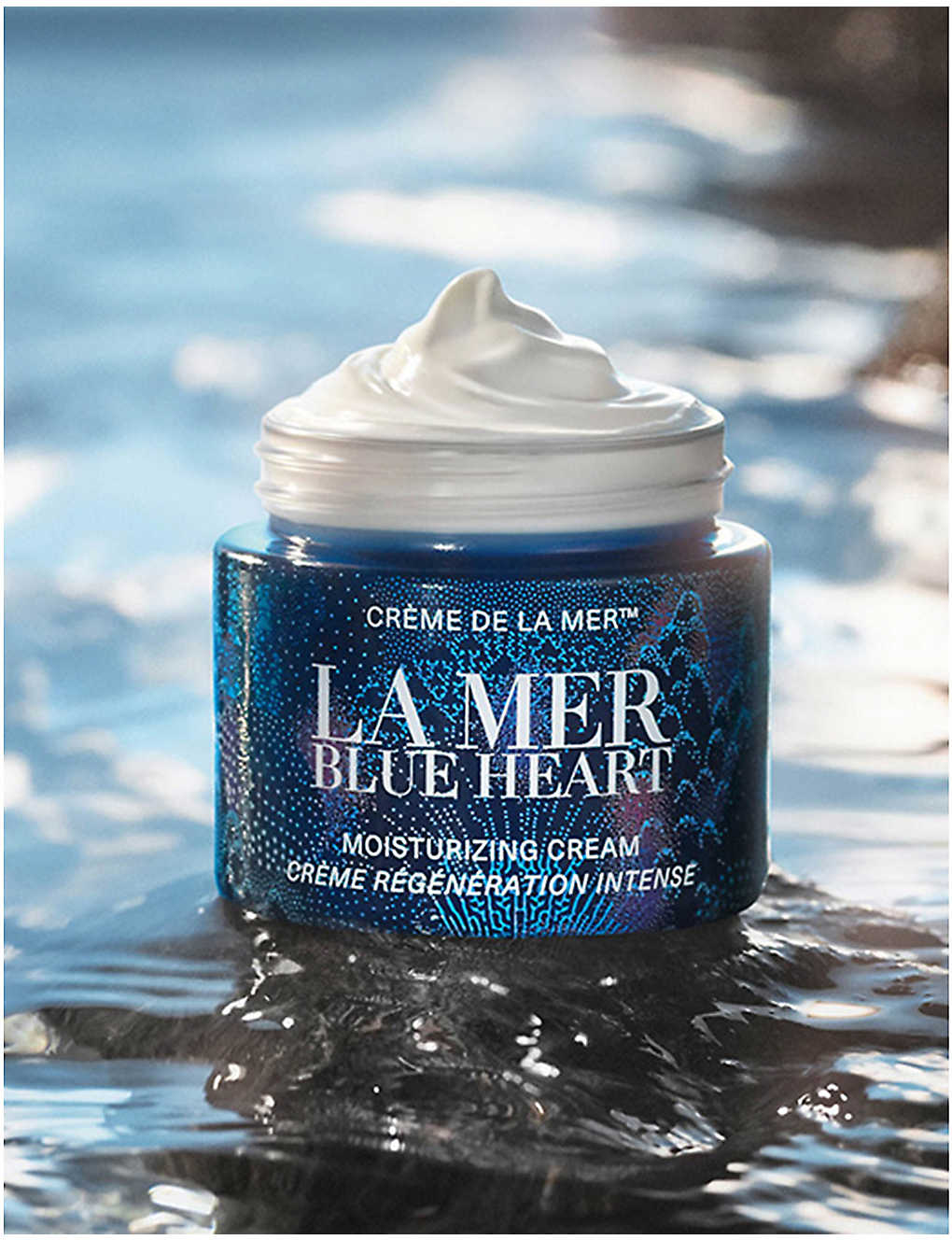 La Mer Blue Heart Creme De La Mer Moisturizing Cream 2021