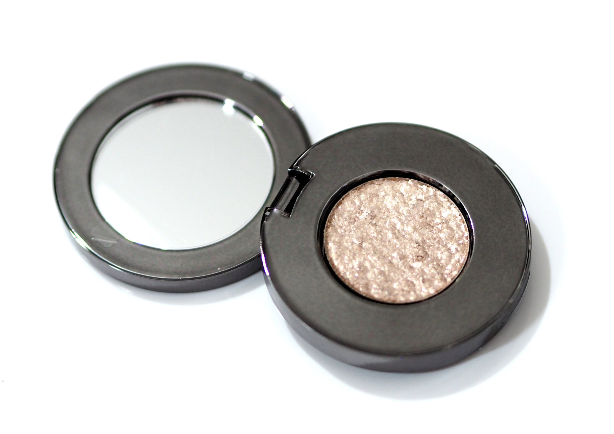 ROEN Disco Eye Shadow Review / Swatches