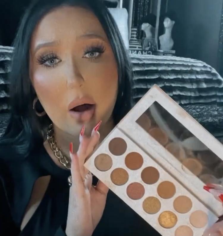Morphe x Jaclyn Hill Divine Neutrals Eyeshadow Palette