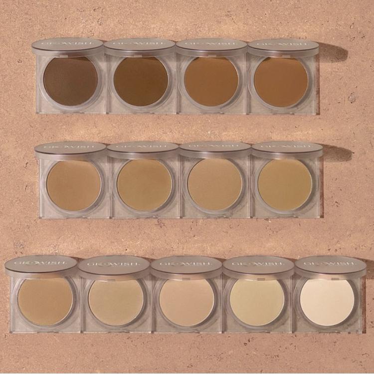 Huda Beauty GloWish Luminous Pressed Powder Collection