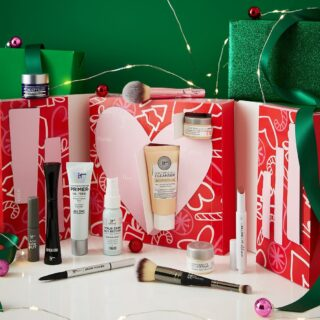 IT Cosmetics 12 Days Of Confidence Advent Calendar 2021 Contents Reveal!