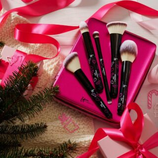IT Cosmetics It's Your Heavenly Luxe Skin-Loving Brush Set