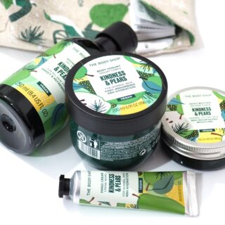 The Body Shop Kindness & Pears Essentials Gift Set